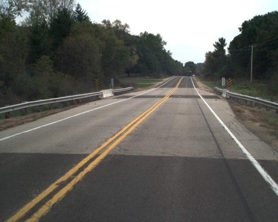 image of existing US 51 bridge over Rocky Run Creek