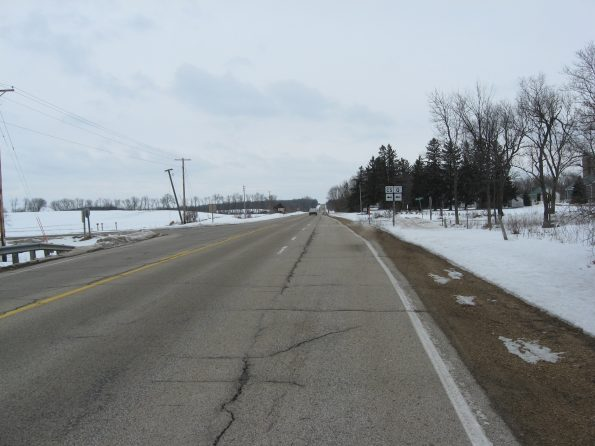Picture of WIS 22 roadway in bad condition
